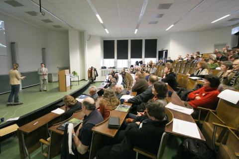 (C22.02.09b6707)+Hörsaal++Inst.+f.+Ur.+u.+Frühgeschichte+Kiel+Kopie.jpg